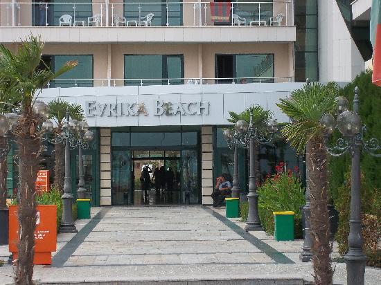 DIT Evrika Beach Club Hotel : close to beach