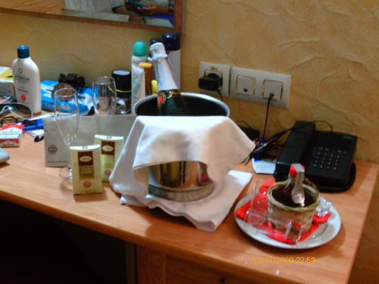 Servigroup La Zenia: detalle por el cumpleaños de RAUL