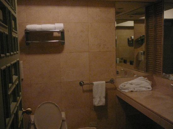 Maria Angola Hotel: Baño privado