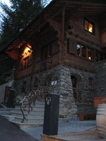 CERVO Zermatt: main building