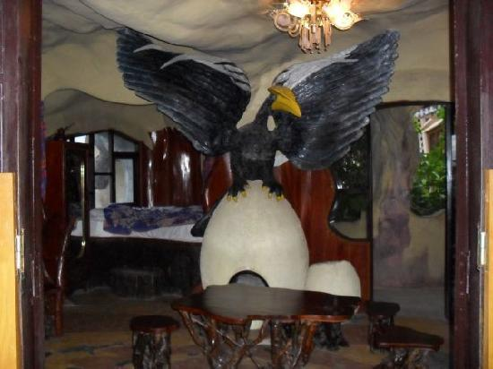 Crazy House: Bird Room