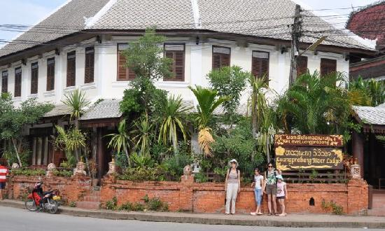 Luang Prabang River Lodge: The Lodge from the Street