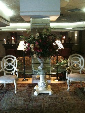 Ramada Plaza Hagerstown: Lobby