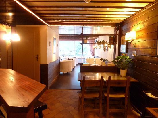Hotel Bernerhof: Cosy hotel lounge