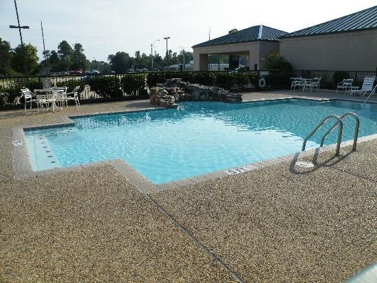Jasper, TX: Swimming Pool Area