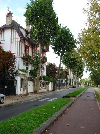 Le Château des Îles : Uralte Häuser in reizvoller Romantik