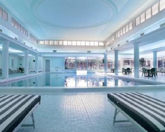 Hotel Terme Due Torri: piscina interna
