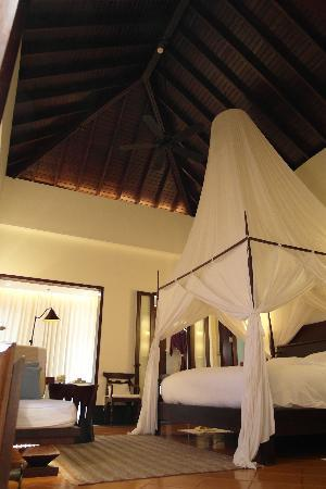 Phulay Bay, A Ritz-Carlton Reserve: Beach Villa No. 9 - this villa lacks privacy, stay in others if possible