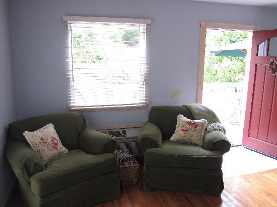 أورورا بارك كوتيدجيز: Sitting Area