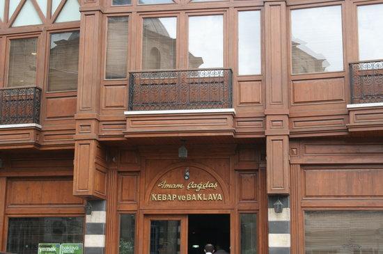 Imam Cagdas : Restaurant photo