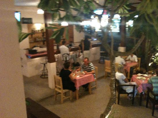 TERRAZZE Italian Restaurant: dining room
