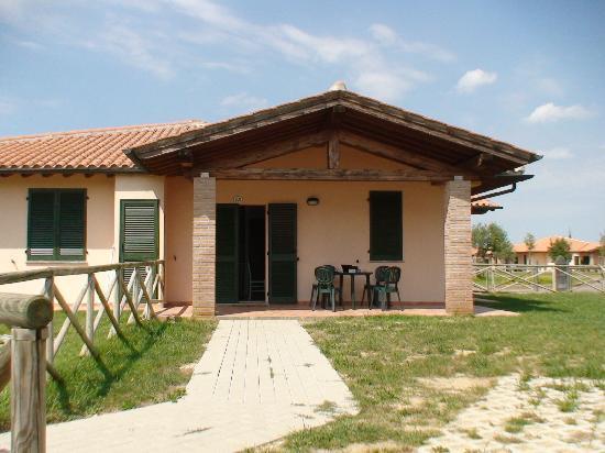 Casa in Maremma: Bungalow met terras.