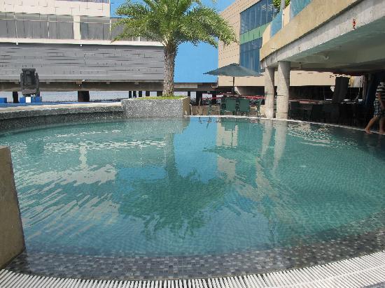 Lobby Area Picture Of Hotel H2o Manila Tripadvisor