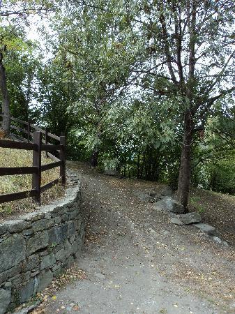 sentiero del castello di Fenis