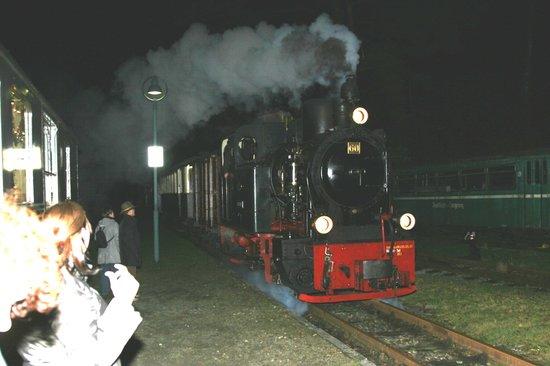 Herscheid, Tyskland: Dampfzug auf der Sauerländer Kleinbahn