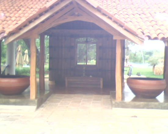 Ulagalla Resort: Guest wellcomming point