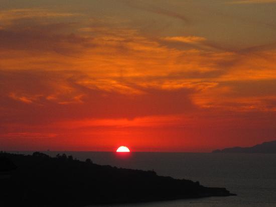 Cristina Hotel: coucher de soleil