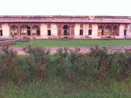 Lahore, Pakistán: rose gardens
