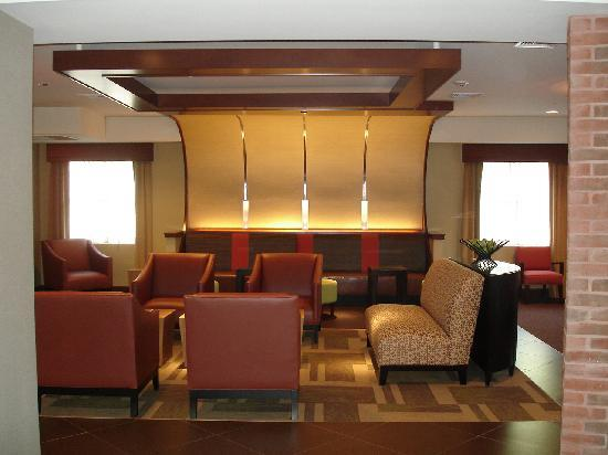 Hyatt Place Philadelphia / King of Prussia: Sitting area in lobby