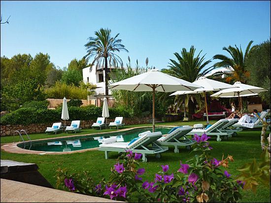 Es Cucons Hotel Rural: The swiming pool