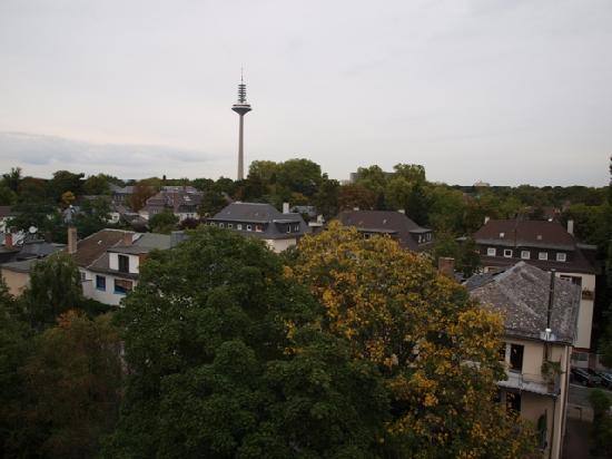 Novum Hotel Imperial Frankfurt Messe: vista desde la ventana