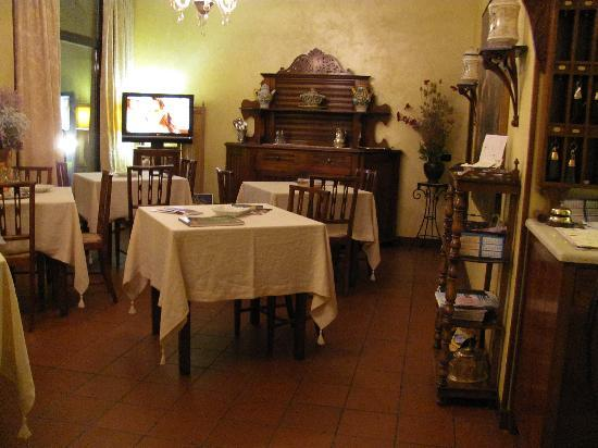 Hotel La Rescossa: the dinning roon