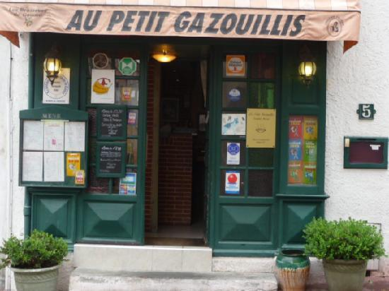 Castelnaudary, Francia: le restaurant vue extérieure