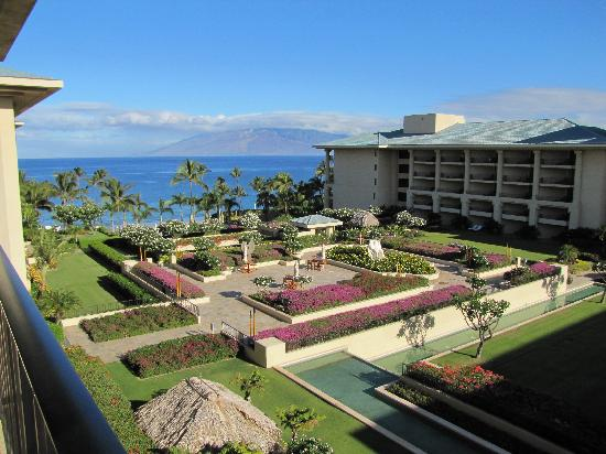 Four Seasons Resort Maui at Wailea: View from our room, 7th floor
