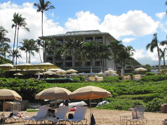 Four Seasons Resort Maui at Wailea: View of Four Seasons from the beach
