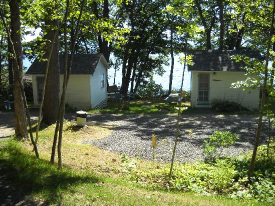 Oakland Seashore Motel & Cabins: Oceanfront Cabins