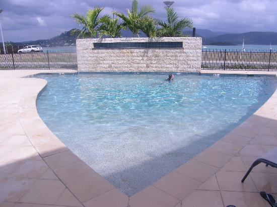 Peninsula Airlie Beach: The pool