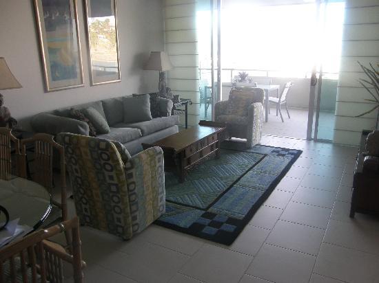 Peninsula Airlie Beach : The living area