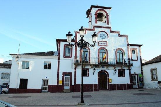 Cuacos de Yuste, Spanyol: Ayuntamiento de Abadía.(Cáceres)