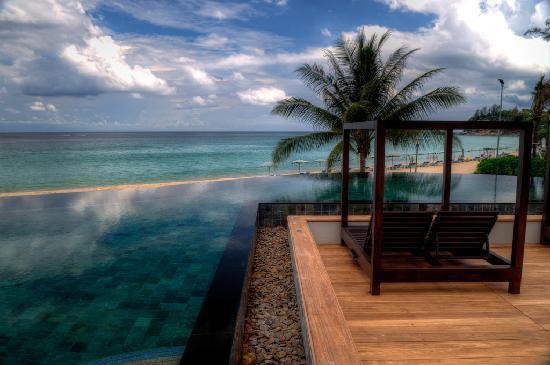 The Shore at Katathani: Infinity Pool @ the Shore