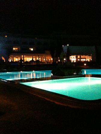 โรงแรมเลอซูลตาน: Vue de nuit