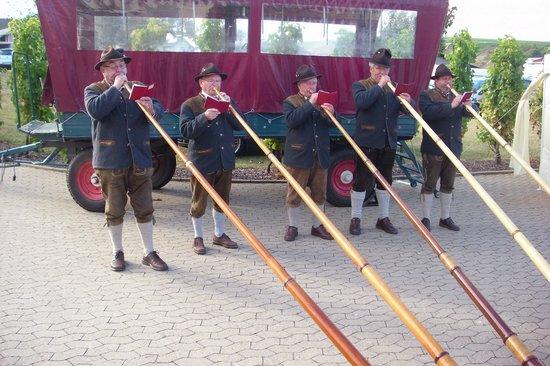 Gasthaus Stempel: Musikalische Unterhaltung zum Winzerfest