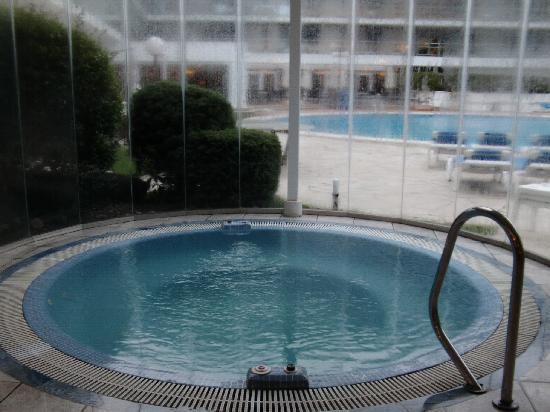 Hotel Anabel : jacuzzi grande parado