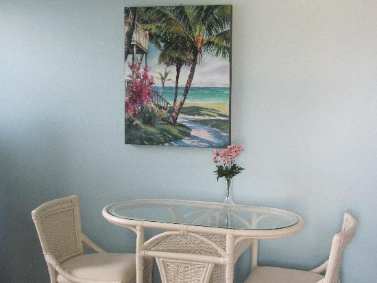 Sea Spray Inn: Dining Area