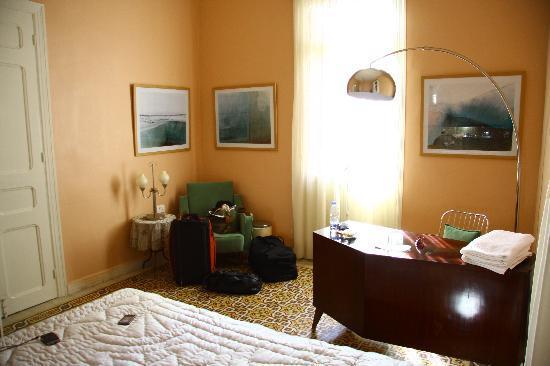 Hayete: West room