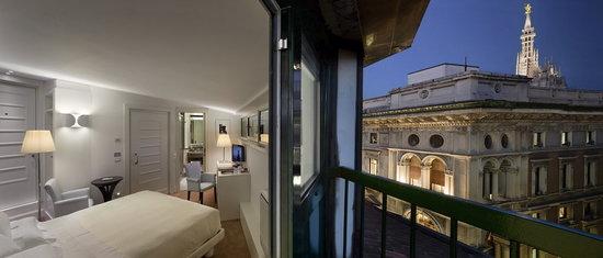 UNA Maison Milano: External View