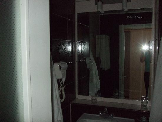 Sovata, Romania: The bathroom