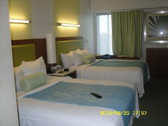 SpringHill Suites Orlando at Seaworld: pretty and confortable