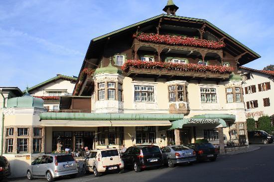 Sporthotel Igls : la façade