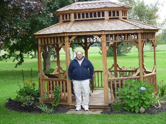 Superb Clarku0027s Sunny Isle Motel: Pagoda In The Garden