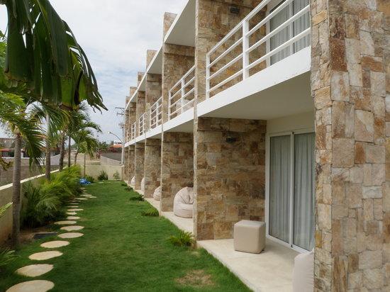 Posada Libert Hotel: Area externa