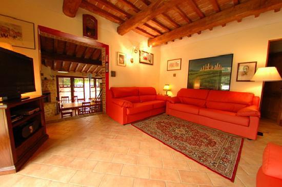 Villa Casale Il Chicchero: soggiorno