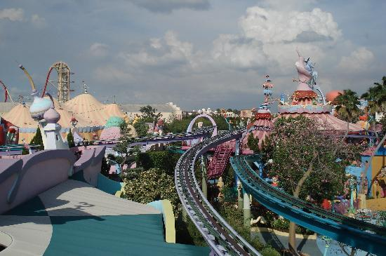 Universal Orlando Resort: kids area is GREAT!! ride the Dr. Suess trolly for amazing view of the park!