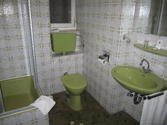 Europaeischer Hof Hotel: bathroom