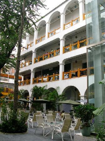 Mosto (3rd floor)
