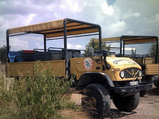 Aral Hotel: Unimog safari is a must do